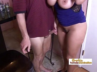 Tipsy milf slut drilled hard by the horny bartender at the bar