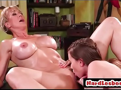 Brandi Love & Jill Kassidy - Bigtits milf gets her pussy eat by a hot lesbo masseuse
