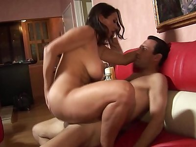Brunette milf gives a blowjob swallows the cum